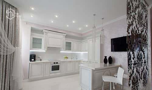 Классический ремонт кухни студии фотографии