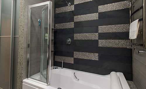 Классический ремонт ванной комнаты фото