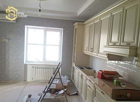 Монтаж кухни в частном доме фотографии